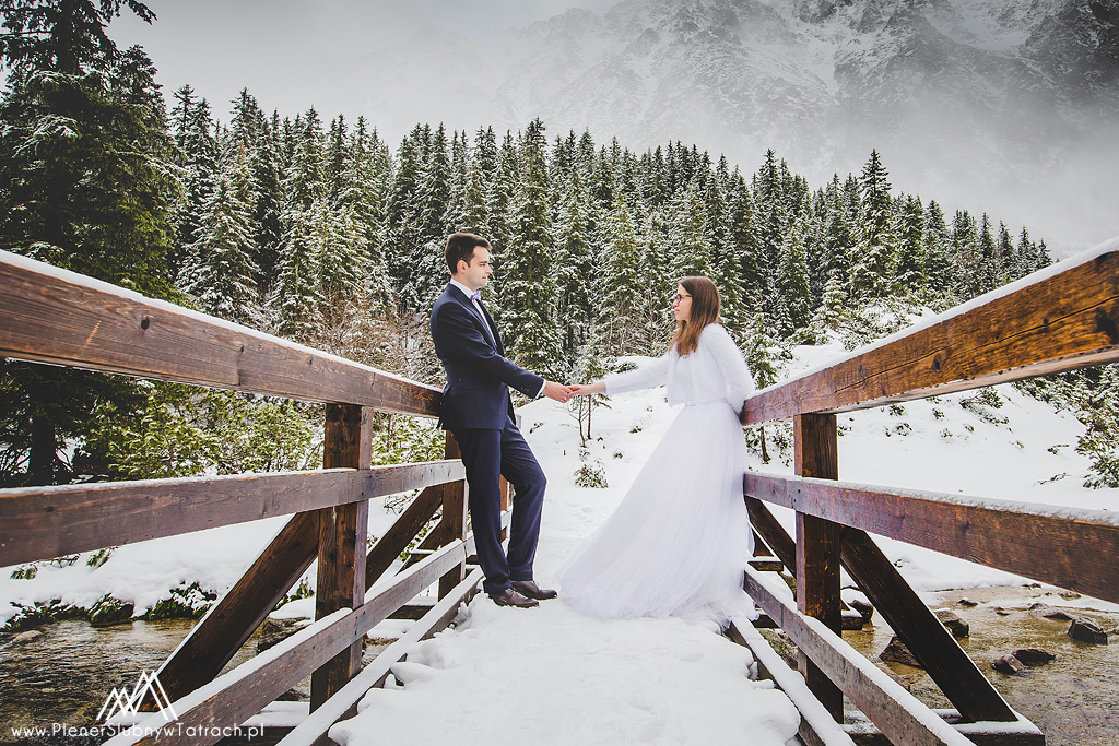 Zimowy plener ślubny w Tatrach